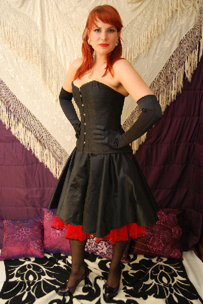 pin up girl and rockabilly clothing 1950's style circle skirt